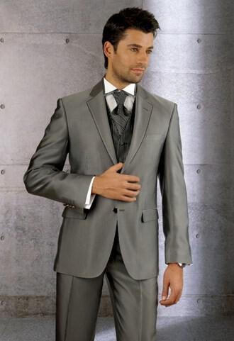 8 - Ανδρικά γαμπριάτικα κοστούμια MANOUEL