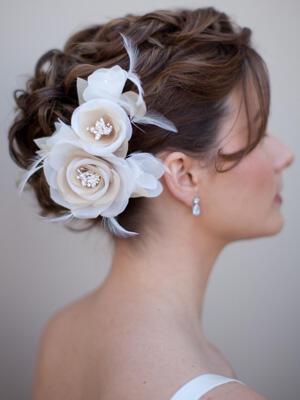 AA S2181 ms white and ivory bridal hair flower - Νυφικά χτενίσματα με λουλούδια στα μαλλιά