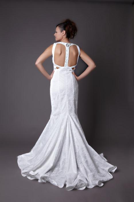HB 01 - Haute Bridal Ονειρικά νυφικά εμπνευσμένα από τις τάσεις της μόδας!