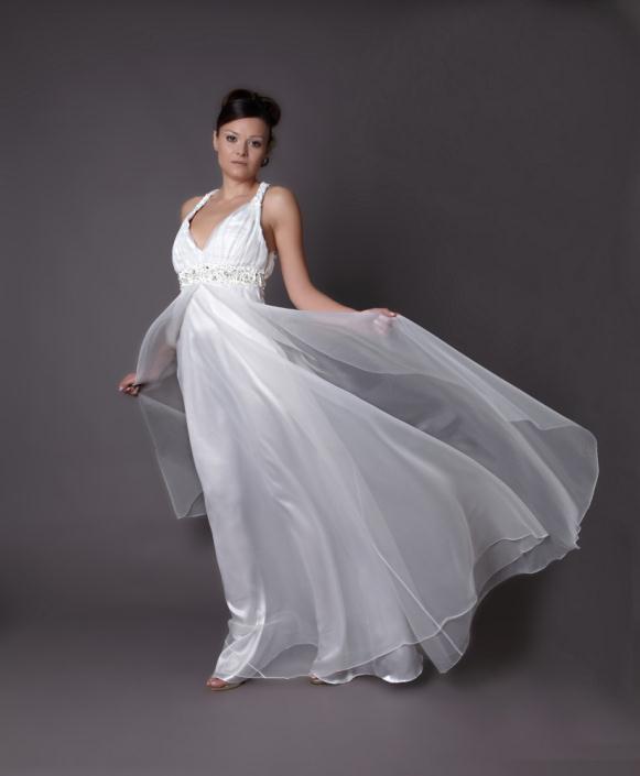 HB 06 - Haute Bridal Ονειρικά νυφικά εμπνευσμένα από τις τάσεις της μόδας!