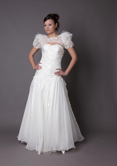 HB 07 - Haute Bridal Ονειρικά νυφικά εμπνευσμένα από τις τάσεις της μόδας!