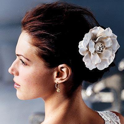 Romantic Celebrity Wedding Hairstyle1 - Νυφικά χτενίσματα: Αριστοκρατικά Σινιόν