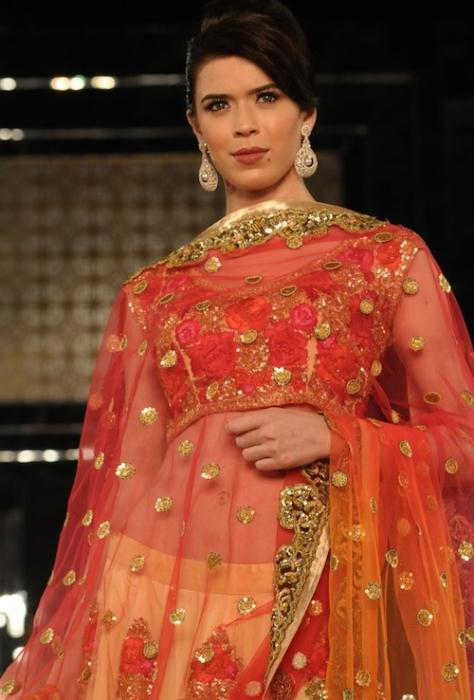Sucheta Sharma in Pallavi Jaikishan Ινδικά νυφικά για ξεχωριστές νύφες