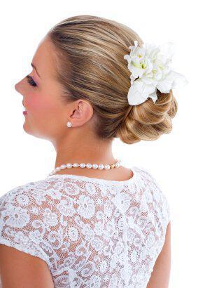 bridal chignon hairstyles 3 - Νυφικά χτενίσματα: Αριστοκρατικά Σινιόν