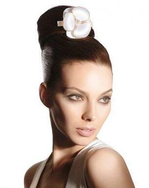 chic bridal chignon hairstyles - Νυφικά χτενίσματα: Αριστοκρατικά Σινιόν