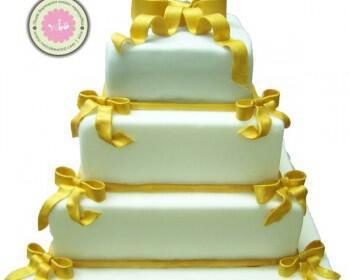 Cake artist για γάμο και βάφτιση όλο γλύκα