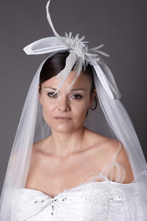 details w - Haute Bridal Ονειρικά νυφικά εμπνευσμένα από τις τάσεις της μόδας!