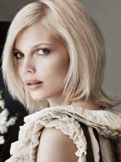 medium layered hair style - Νυφικά χτενίσματα για Καρέ Μαλλια