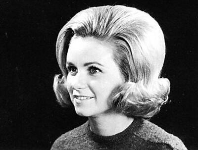 sixties hair - Νυφικά χτενίσματα για Καρέ Μαλλια