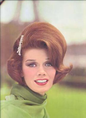 sixties hair11 - Νυφικά χτενίσματα για Καρέ Μαλλια