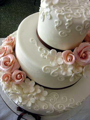 Γαμήλια τούρτα με προσωπικότητα