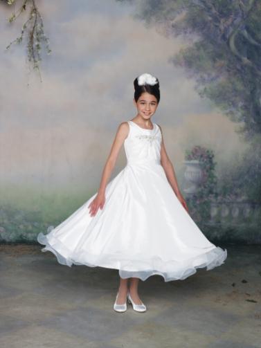 112320 full LR - Joan Calabrese Φορέματα για παρανυφάκια Συλλογή 2012