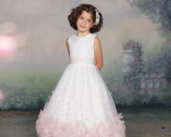 112331 0027 LR 350x280 - Joan Calabrese Φορέματα για παρανυφάκια Συλλογή 2012