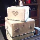 375 500 csupload 38598042 160x160 - Ιδιαίτερες τούρτες γάμου και πρωτότυπα γλυκά από το Nat Cake Artist
