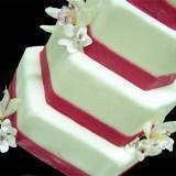 666 500 csupload 38597984 160x160 - Ιδιαίτερες τούρτες γάμου και πρωτότυπα γλυκά από το Nat Cake Artist