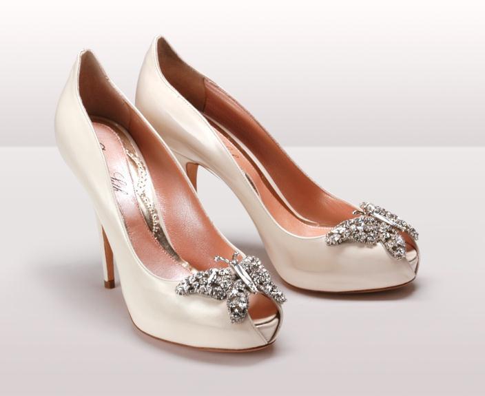Farfalla Ivory Patent BG - Νυφικά παπούτσια  Aruna Seth Η νυφική της σειρά με πεταλούδες