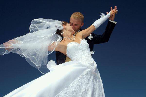iStock 000004284025Small - Wedding Mall A.E. Διαχείριση Λιστών Εκδηλώσεων