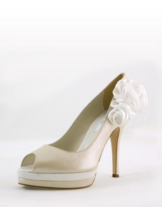 image3 vv J.Bournazos Νυφικά και Γαμπριάτικα παπούτσια