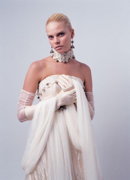 nifiko200712 - Ioanna Mitrousi 2012 Collection νυφικών απο μετάξι και ιδιαίτερα υλικά