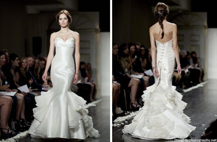 Νυφικά Φορεματα 2012 Strapless νυφικά με μπούστα σε σχήμα καρδιάς