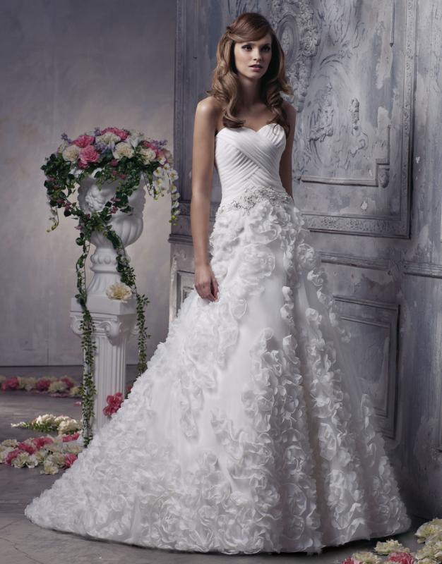 c61d568b4418 Νυφικά Φορέματα Anjolique Ρομαντικά   Μοναδικά !