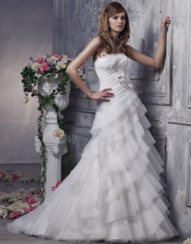 Νυφικά Φορέματα Anjolique Ρομαντικά & Μοναδικά !