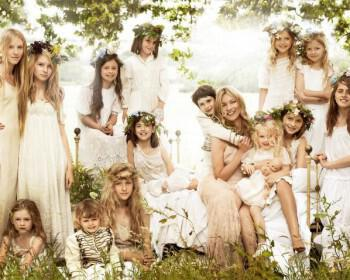 flowergirls 350x280 - Διάσημοι γάμοι - Νυφες του 2011