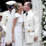 prince albert charlene wittstock religious ceremony royal wedding 20 160x160 - Διάσημοι γάμοι - Νυφες του 2011