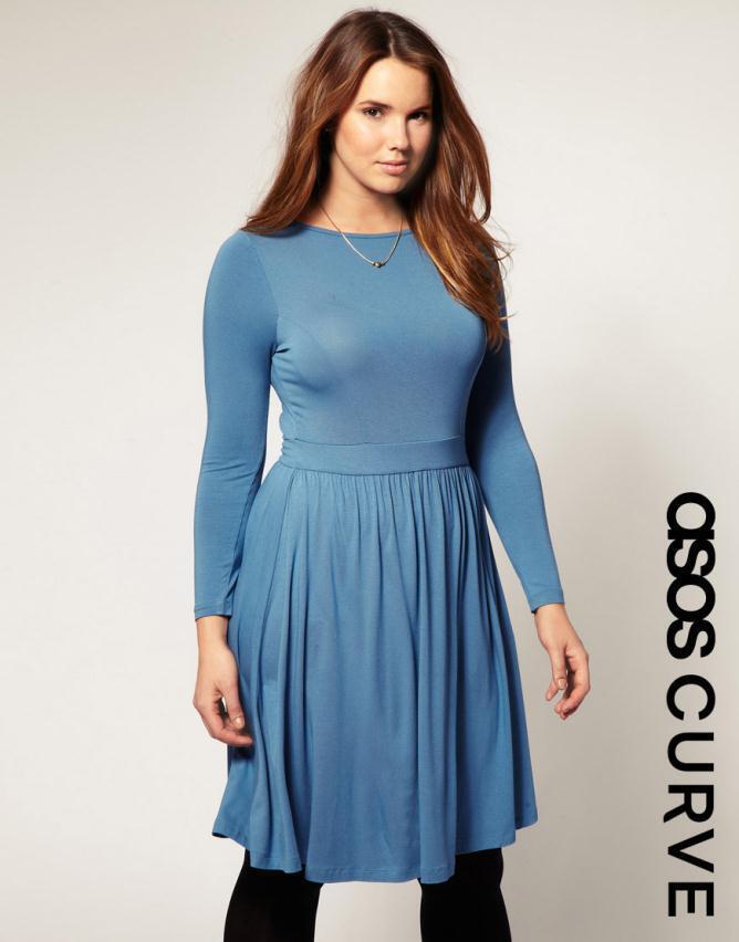 Φορέματα 2012 κατάλληλα για πληθωρικές κουμπάρες!