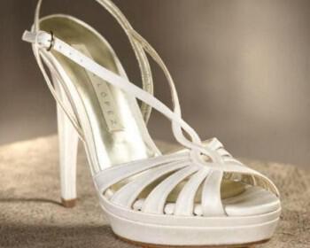 48 350x280 - Pronovias 2012 Νυφική συλλογή παπουτσιών 2012