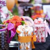 96498 candy wedding favors 2 160x160 - Καλοκαιρινός γάμος Δεξίωση DIY: Πώς να διαμορφώσετε έναν οικονομικό μπουφέ μόνες σας!