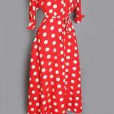 f18ea00e4533267b2c81347b6702f065.image .300x548 160x160 - Κουμπάρα : Τόλμησε ένα vintage φόρεμα!