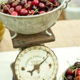 fruit dessert buffet ideas 160x160 - Καλοκαιρινός γάμος Δεξίωση DIY: Πώς να διαμορφώσετε έναν οικονομικό μπουφέ μόνες σας!