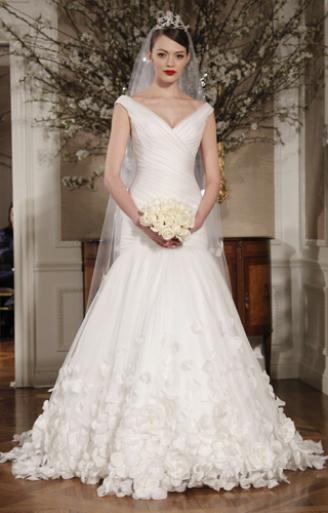 0dc804d09312 Φόρεμα στην AxiPIX  φόρεμα μακρύ σατέν εξώπλατο βραδυνά