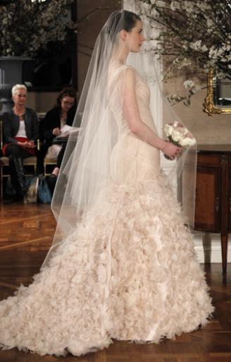 f9cb1a052974 ... Collection Άνοιξη 2012. 09 Romona Keveza Style RK205 SIDE 160x160 -  Νυφικά Φορεματα ...