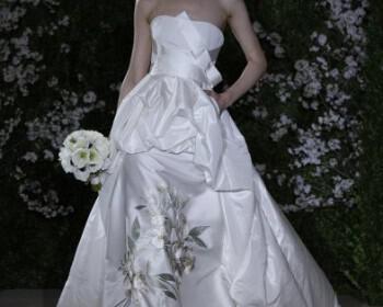 phoca thumb l carolina herrera bridal ss12 15 350x280 - Νυφικά Φορεματα Carolina Herrera Collection Ανοιξη Καλοκαίρι 2012