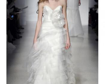 wd107284 sp12 chr 3430 xl 350x280 - Νυφικά Φορεματα Christos Ανοιξη 2012