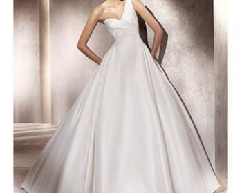 wd107284 sp12 pro paternab xl 350x280 - Νυφικά Φορεματα Pronovias Collection Άνοιξη 2012