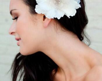 colette 350x280 - Claire Pettibone Λουλουδένια αξεσουάρ για τα μαλλιά Καλοκαίρι 2012
