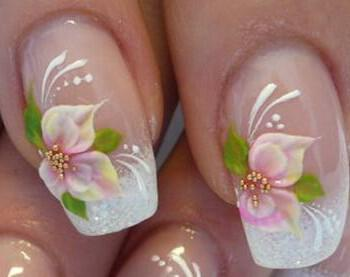 nifiko manikiour feminine flower french nail art ideas 350x277 - Ιδέες και tips για το τέλειο νυφικό μανικιούρ