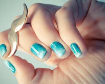 nixia sxedia ombre blue teal wedding nails brides something blue  full carousel 350x280 - Σχέδια για Νύχια για εναλλακτικές νύφες : Εντυπωσιάστε με τα νύχια σας!