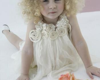 vaftistika rouxa koritsaki 110 350x280 - Βαπτιστικά ρούχα για κοριτσάκια Bambolino Άνοιξη/Καλοκαίρι 2012