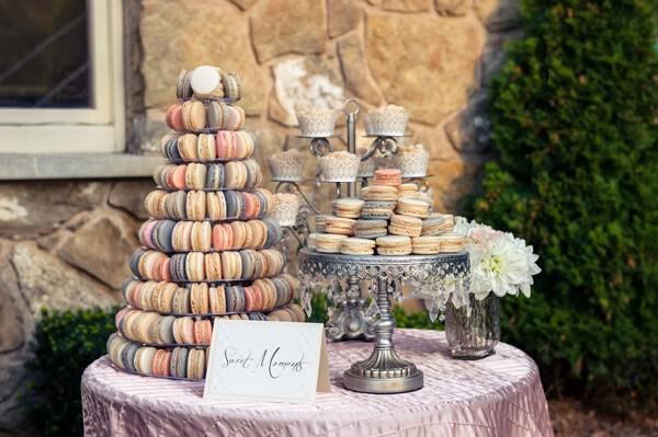 20-macaron-multicolored-tiered-display-wedding