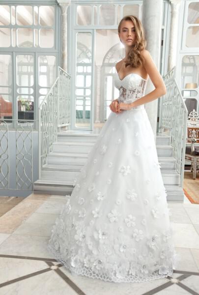 nifika sposa moda luxury 2013 13 - Νυφικά 2013 Sposa Moda collection Luxury