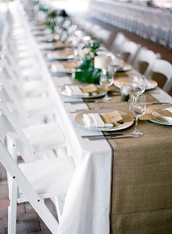 Διακόσμηση γάμου με λινάτσα