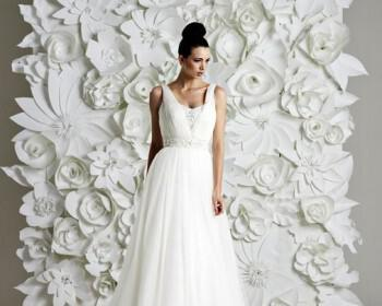 Wedding dresses with straps 2014 7 350x280 - Νυφικά με τιράντες 2014