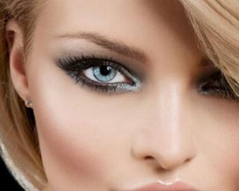 nifiko makiziaz matia 5 350x280 - Νυφικό μακιγιάζ ματιών για σαγηνευτικό βλέμμα
