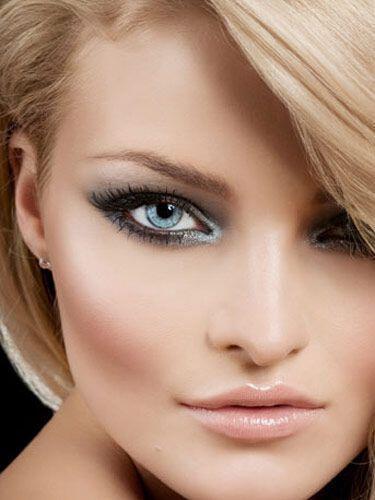 Νυφικό μακιγιάζ ματιών για σαγηνευτικό βλέμμα