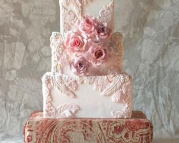 tourta gamou 2 350x280 - Τέλειες ιδέες για την τούρτα του γάμου σου!