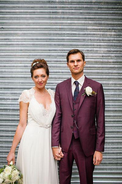 Χρώμα ανοιξιάτικου γάμου Marsala